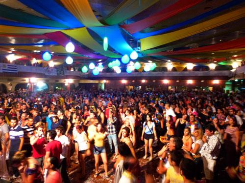 Carnaval-Primeira-Noite-2013-003