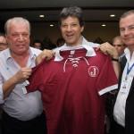 Haddad visita a Mooca e recebe camisa do Juventus