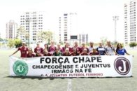 futebol feminino homenagem Chape