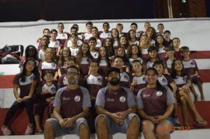 Equipe de natação no Torneio Regional de Natação em São José