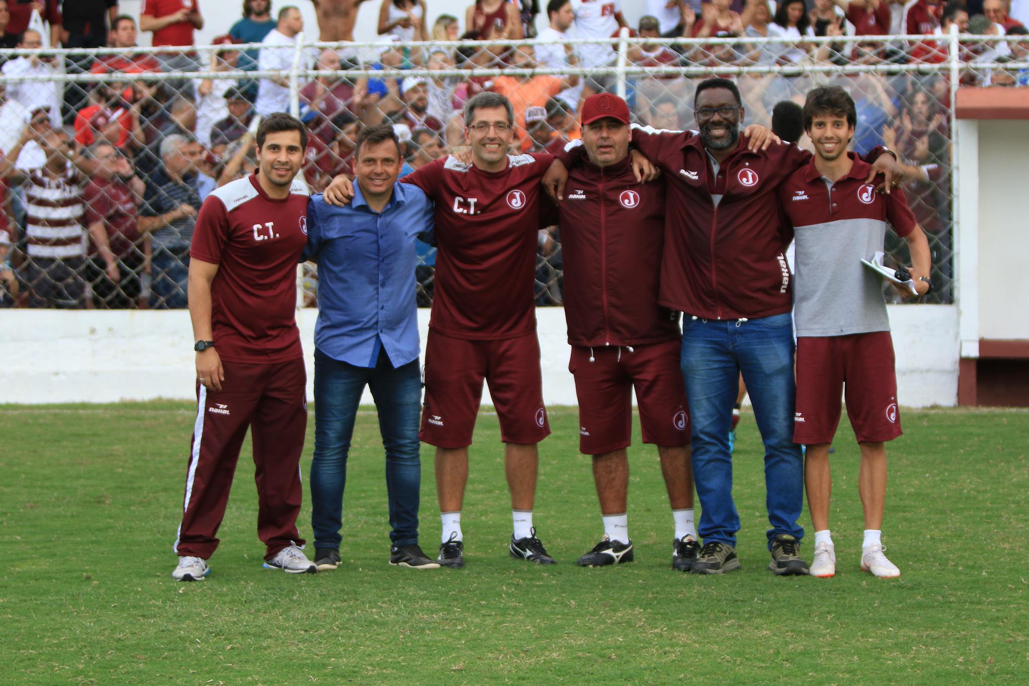 Eduardo Saraiva, Alex Alves, Marcio Leite, Marcos Romano, Vitor Faustino e Pedro Torres