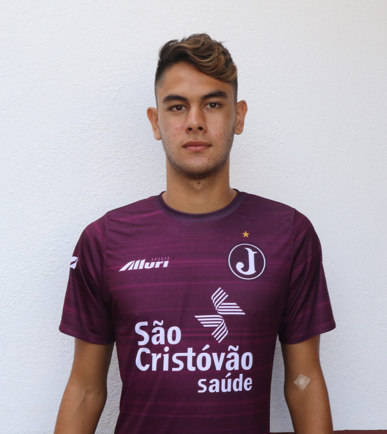 Antonio – lateral