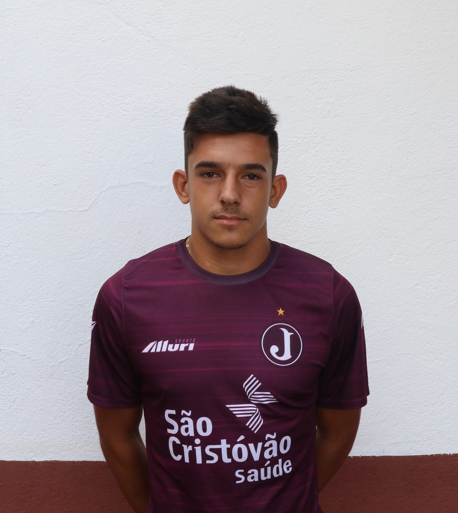 Luiz Carlos – lateral