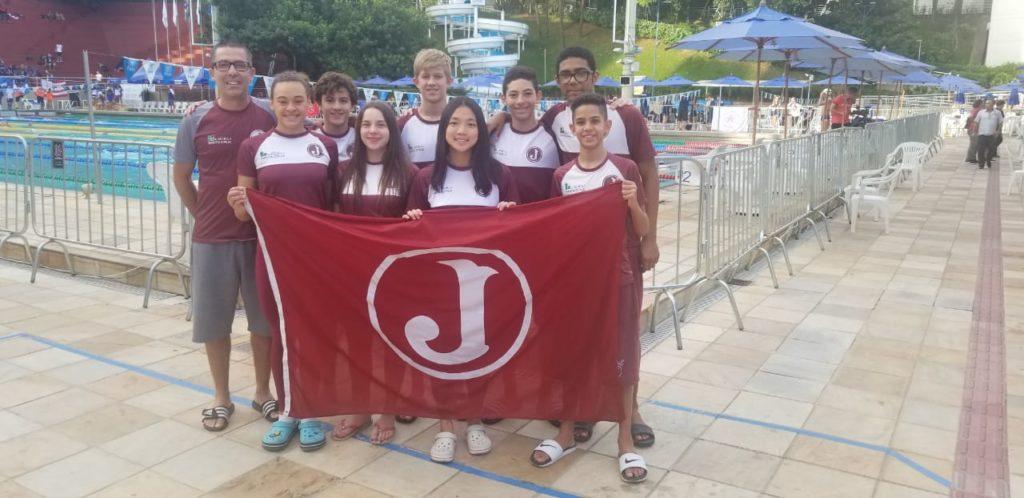 Equipe de natação - Divulgação