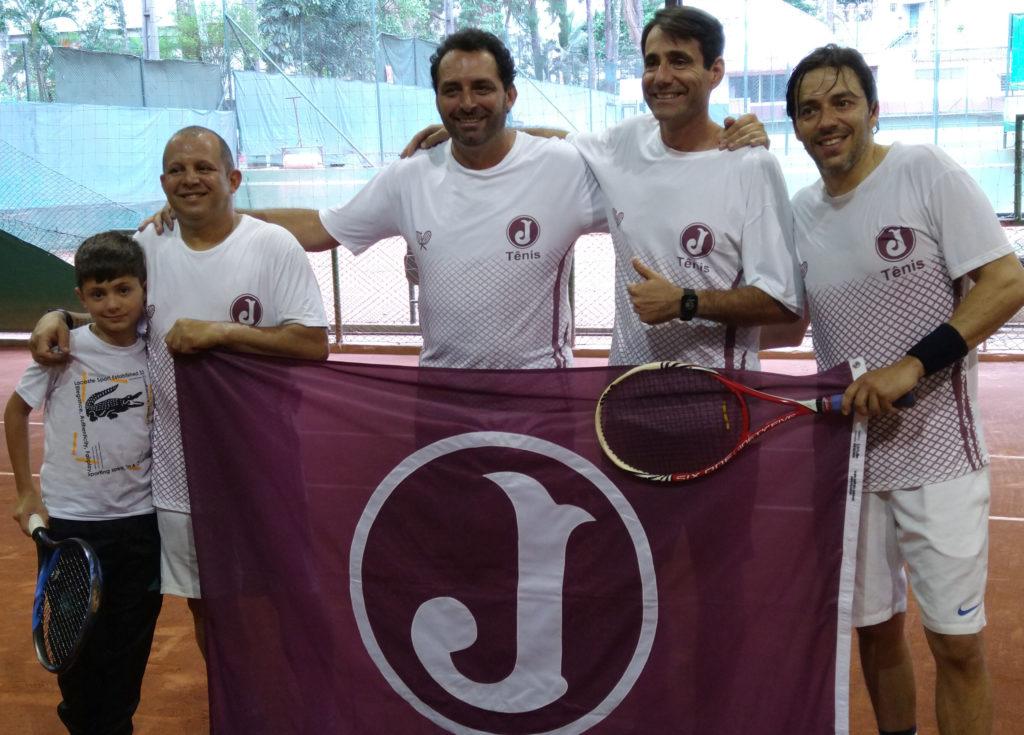 tenis final 4 classe destaque